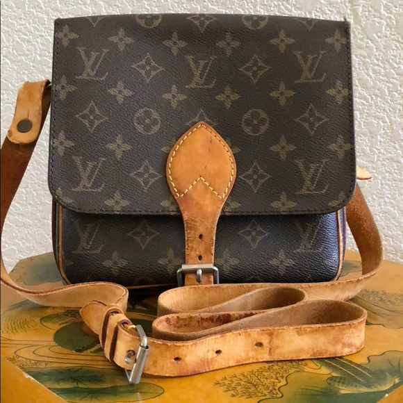Louis Vuitton Handbags - Authentic Vintage LV MM Cartouchiere